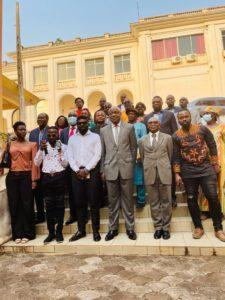 L'équipe de The Fisherman's Diary au Ministère des Arts et de la Culture